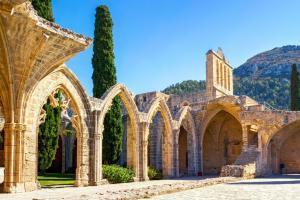 bellapais manastiri