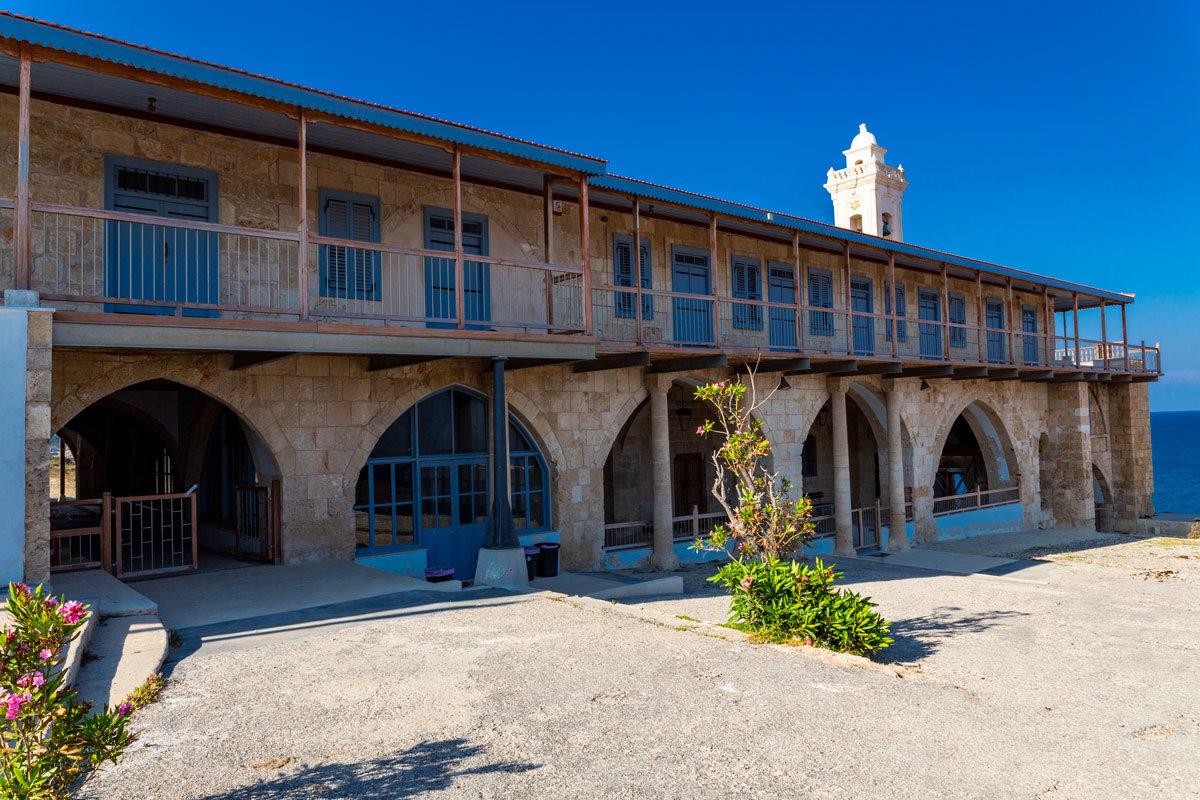 karpaz apostolos anreas manastiri